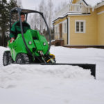 Снегоуборщик мини-трактор