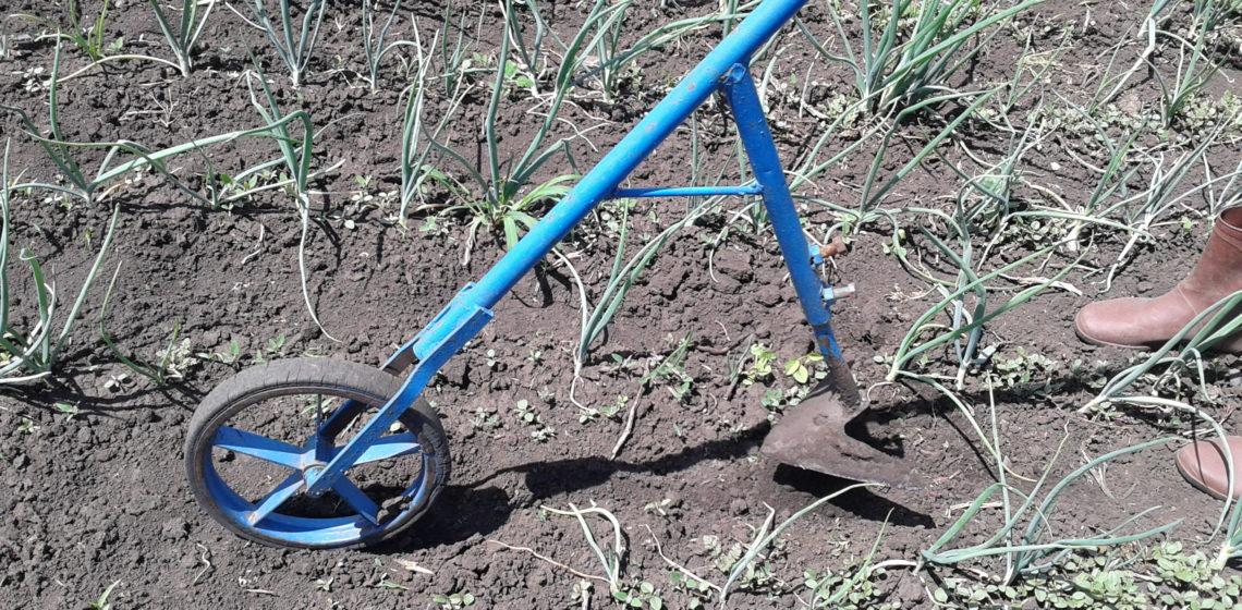 Мини-культиватор с колесом