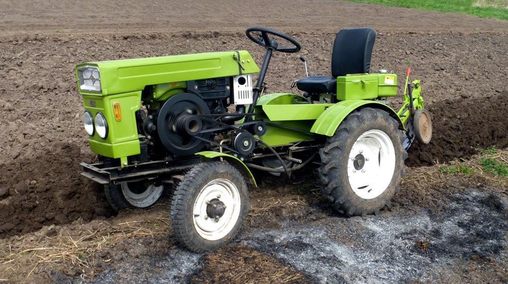 Мини-трактор для работы в огороде