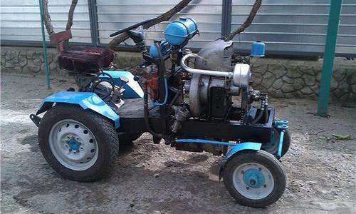 Трактор с двигателем от ЗАЗ